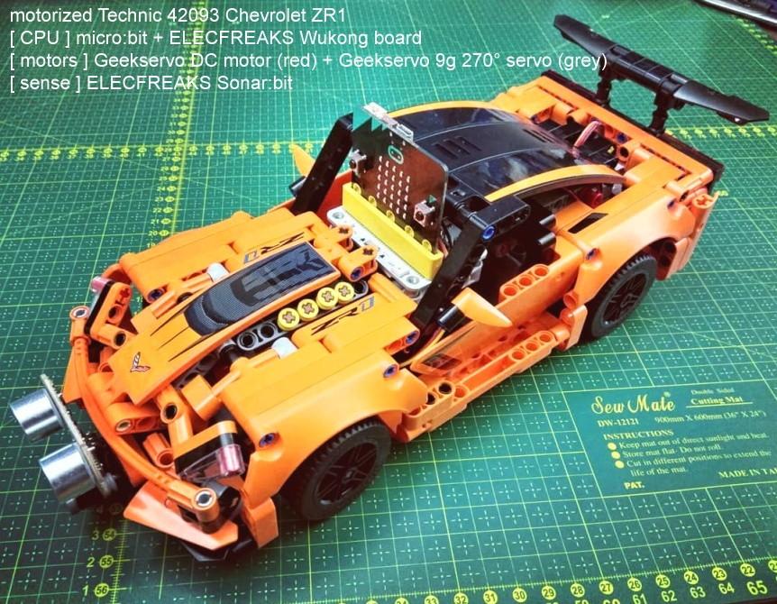 Wukong - rozšiřující modul pro LEGO micro:bit robota - ukázka zabudování do auta LEGO